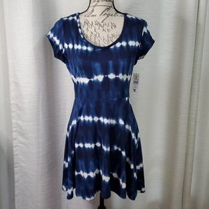 NWT Bobbie Brooks Blue Tie Dye Midi Dress Small